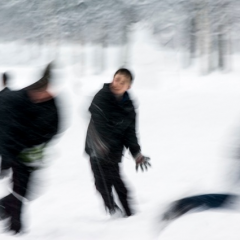 james-sparshatt-snowscape-i-art-photography-children-playing-kids-snow-ball-fight
