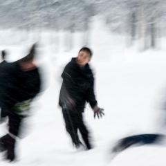 james-sparshatt-snowscape-i-art-photography-children-playing-kids-snow-ball-fight